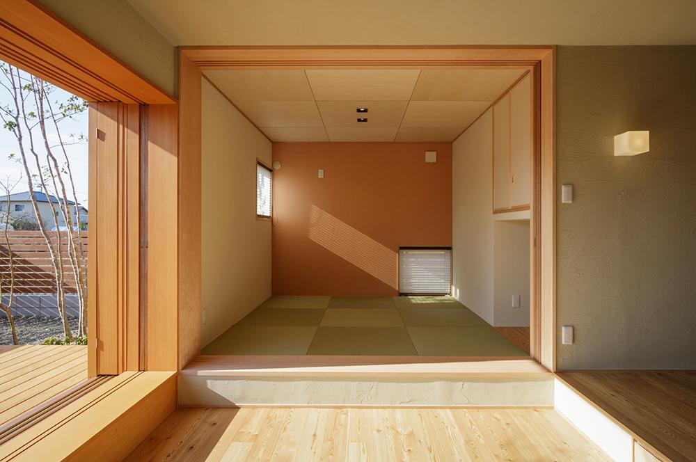 ダイニング 畳 ダイニングテーブル : TAMASHIMA K_House - リビング事例 ...